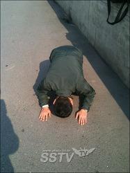 김제동씨의 절을 받으며 부끄러워집니다 … 김수영 <어느 날 고궁을 나오면서>