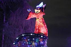 페인트더나이트(Paint the Night), 최신 LED와 배터리 기술로 만든 디즈니의 새로운 야간 퍼래이드!