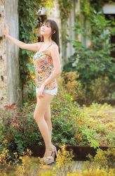 알록달록한 그녀 MODEL: 연다빈 (4-PICS)