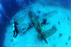 Dive Moal Boal - Airplane Wreck, Philippines