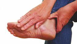발뒤꿈치 통증, 족저근막염 원인과 치료