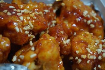 시장 닭강정, 순살 양념 통닭, 튀김