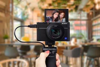 세계에서 가장 빠른 카메라 24-200mm로 완성되다 RX100 VI