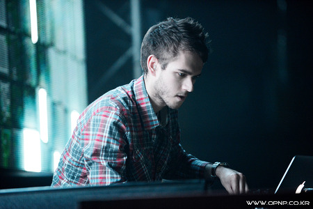 2013. 04. 06. Sat. ZEDD in Seoul @ Walkerhill Theater