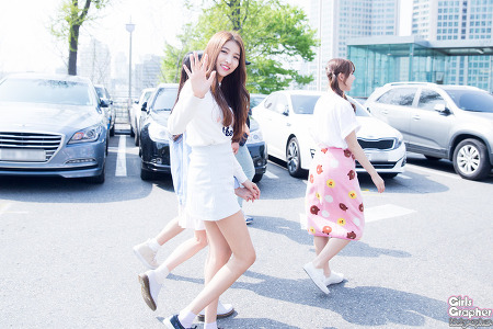 [PHOTO] 160415 남산 브이앱 퇴근 - 여자친구 by Girls Grapher
