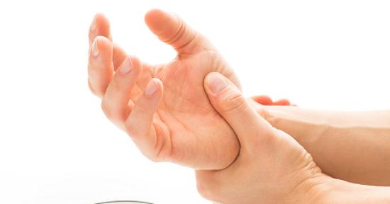 활동 많은 여름, 손목건초염을 조심하세요