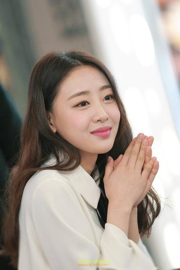 이달의 소녀 이브 (Yves) 팬사인회 김포공항 롯데몰