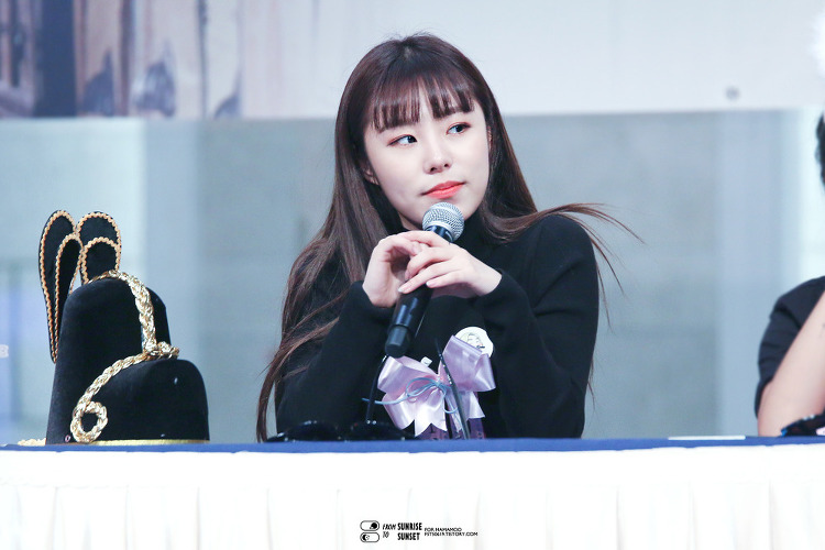 161201 잠실 롯데월드몰 팬싸인회 휘인