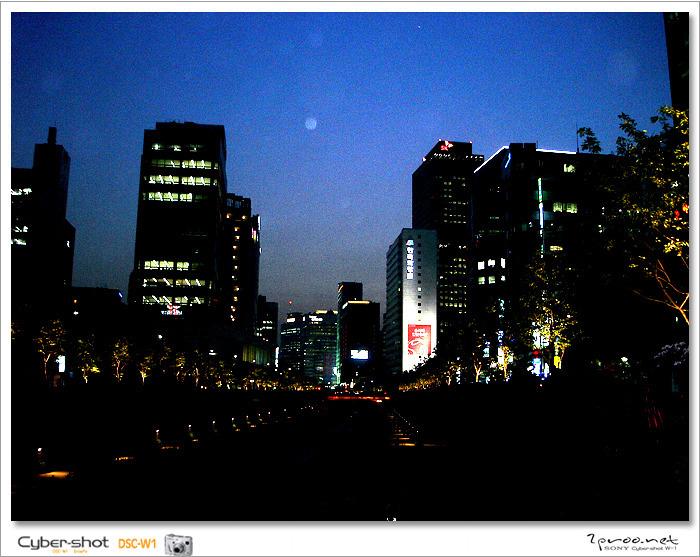 서울 청계천 어느 예쁜 카페 사진들