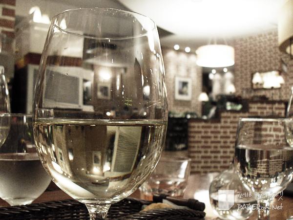 뉴질랜드산 하우스 와인 @ sevensprings