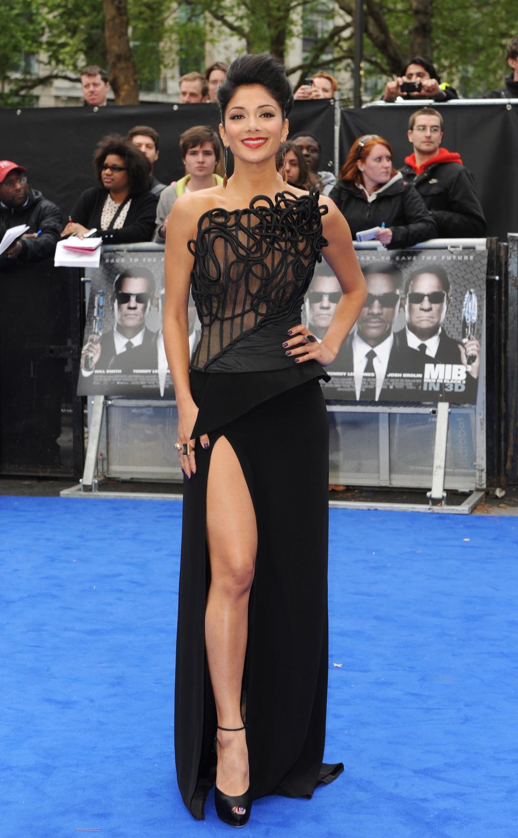 Nicole Scherzinger London Fashion Week  Video