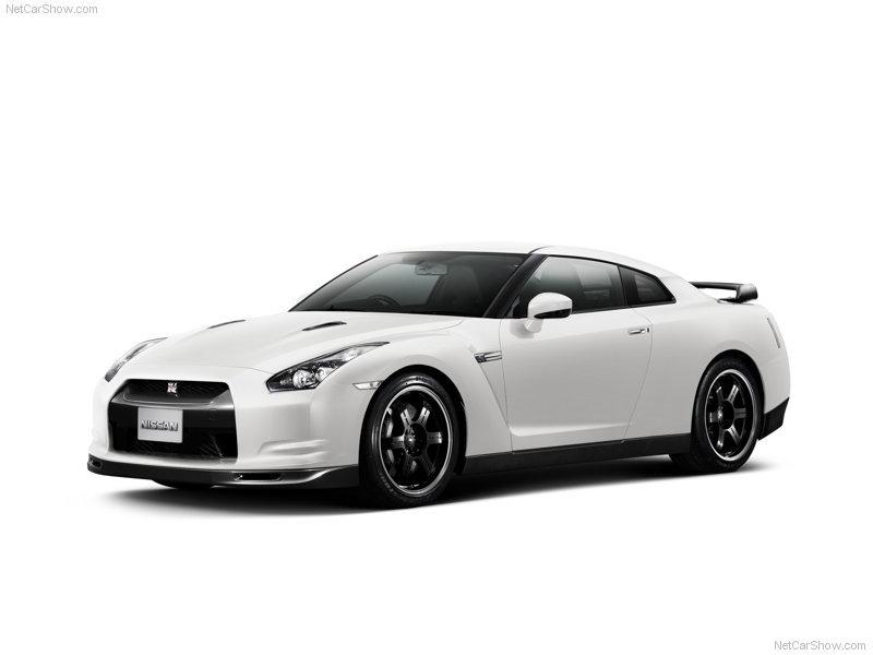 실제 닛산 GTR