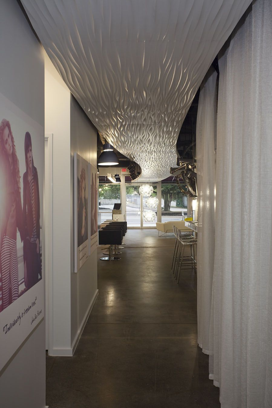 Dick clark architecture propaganda hair salon - Maison contemporaine dick clark architecture ...