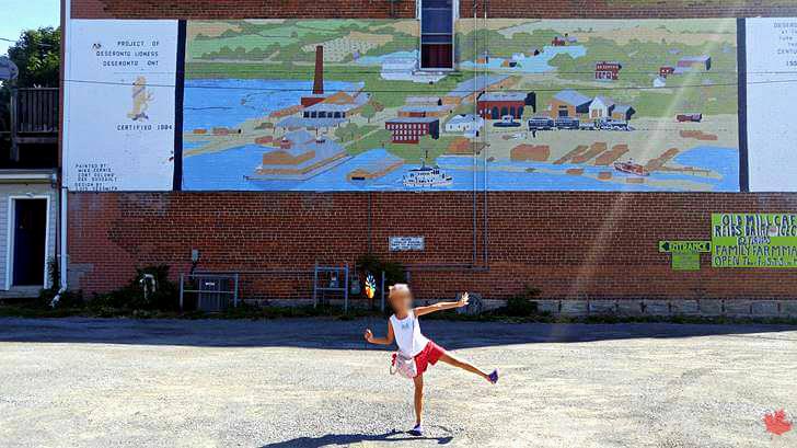 데세렌토 마을 벽화입니다
