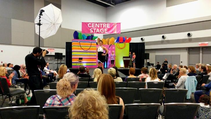 캐나다 최대 규모 '전국 여성 박람회' 패션쇼