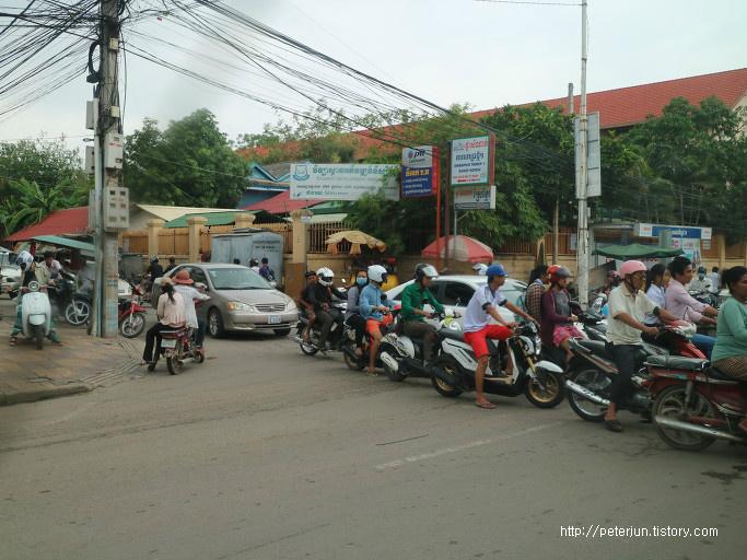 캄보디아 교통, 오토바이