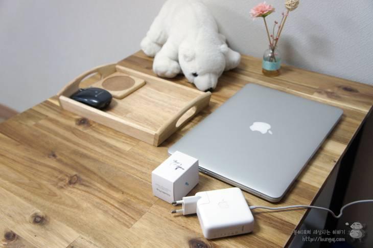 맥북 충전기와 아이폰 충전기에 펼치는 접지신공 두들플러그