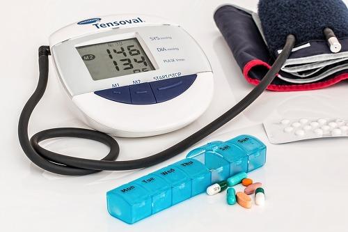 중년 고혈압 흡연 아찔?…치매초기증상 고혈압 흡연이 부른다?