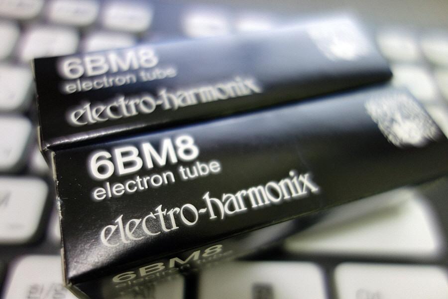 6BM8 진공관