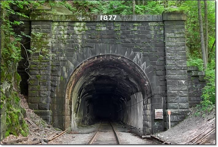(공포)미국 매사추세츠주의 미스터리 후삭 터널