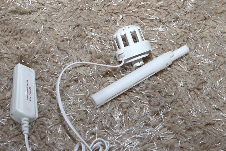 자연기화식 ,USB 가습기, 엠아이, USB ,가습기, 실사용기,IT,IT 제품리뷰,인테리어,예전 이야기지만 휴지 가습기로 방송나왔던적 있는데요. 이 제품도 아이디어 제품 입니다. 자연기화식 USB 가습기 엠아이 USB 가습기 실사용을 해 봤는데요. 깔끔하고 아름다우면서도 가습효과를 같이 얻을 수 있는 제품 입니다. 휴대용 가습기나 USB 가습기는 아주 넓은 공간을 커버하진 못하지만 비교적 좁은 공간은 커버됩니다. 자연기화식 USB 가습기 엠아이 USB 가습기는 자연식 또는 강제기화식으로 사용을 할 수 있는 제품 입니다.