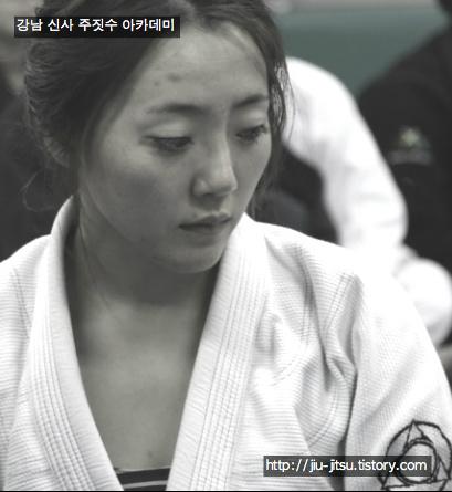 로드fc무대에서 승리한 송효경선수