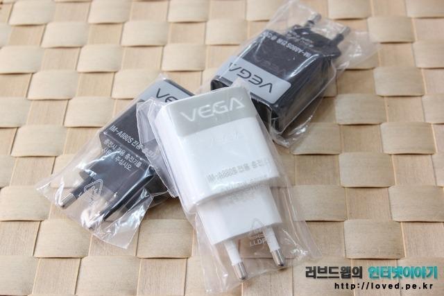IMA-880S 베가 LTE-A 듀얼 충전기