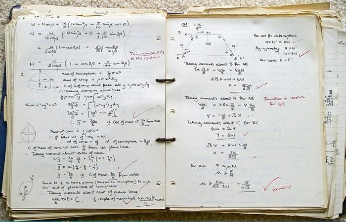 사진: 수학 답지를 본 후에는 반드시 혼자 테스트를 해 보는 시간이 필요하다. 이것을 하지 않으면 시간만 낭비하는 것이다. 시험 때는 기억이 나지 않을 것이기 때문이다. [수학 잘하는 방법 - 시간투자 요령과 읽기 요령]