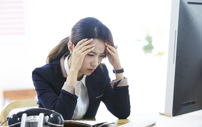 한화, 한화그룹, 한화블로그, 한화데이즈, 직장인, 직장인 습관, 악성 습관, 직장인 악성 습관, 좋은 직장, 좋은 직장 기준, 직장의 조건, 직장생활, 직장인 스트레스, 직장생활 스트레스, 직장 스트레스,직장동료, 동료,  팀 단위, 직장인 팀, 개인적인 업무, 공통적인 업무, 직급 차이, 협력업체, 직장인 감정, 감정 표출, 사무실 통화, 직장인 예절, 업무 방해, 불쾌한 행동, 직장인 동료