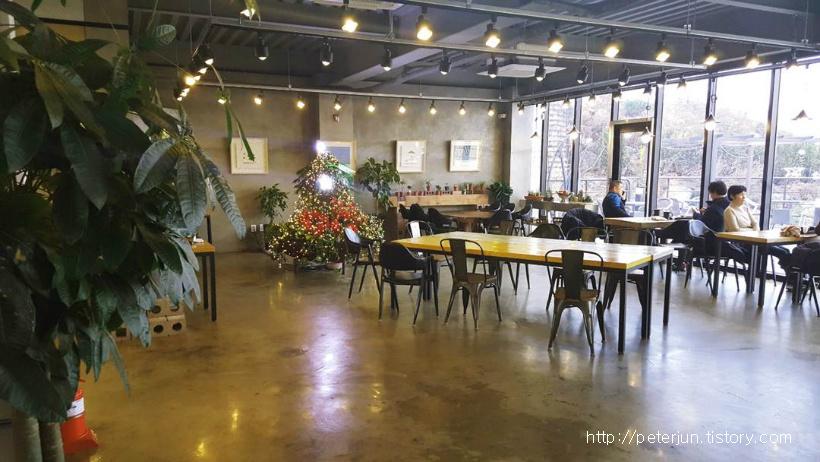 헤리베르 카페 풍경
