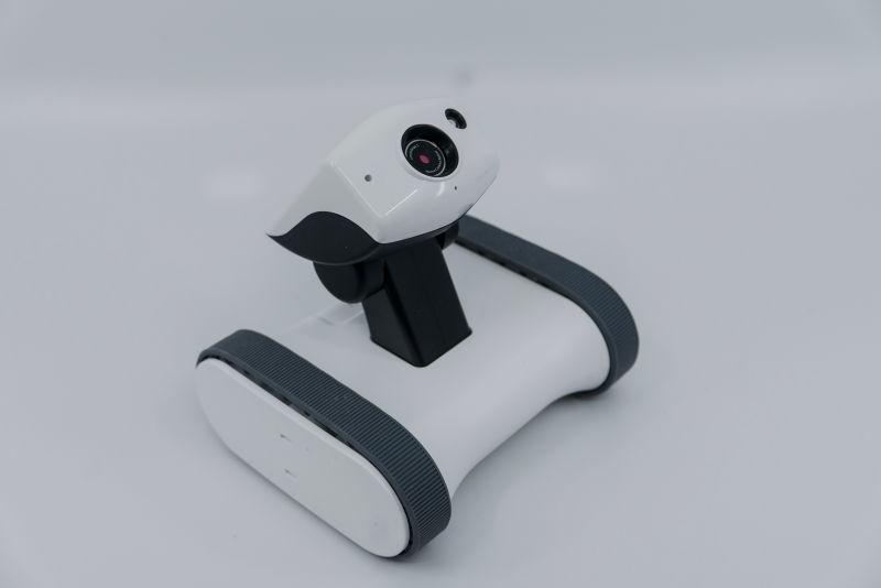 이동형 IP카메라. 홈CCTV 앱봇 라일리