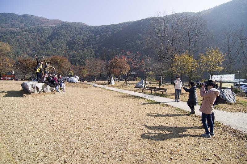 산과 물이 만든 걸작 사이를 걷다 - 평창 바위공원
