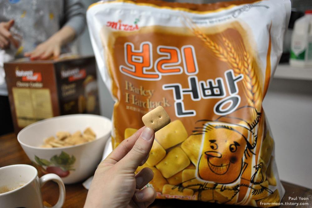 3kg 대용량 보리건빵 [mizzi Barley Hardtack 보리 건빵 / 미찌 보리건빵 / 이마트 건빵 / 사료건빵]