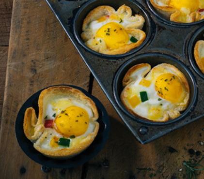 오븐안에서 탄생한 귀요미들!... '노랑노랑 계란빵'