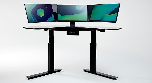 셈트렉스 스마트 데스크...책상과 트리플 모니터 탑재한 고성능 스마트 워크스테이션
